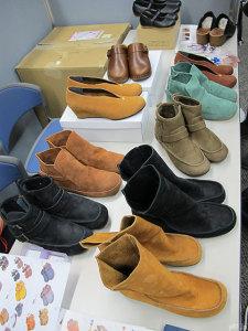 「シューズ遊歩道」で販売中の靴