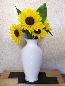 『父の日 ひまわり花束セット「浅草むぎとろ 茶そば」』のヒマワリ