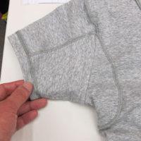 「メンズ汗取りインナーVネック半袖」の裏側