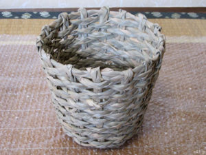hibiyakadan.comの花鉢『母の日 アジサイ「ペガサス」』に使われているバスケット